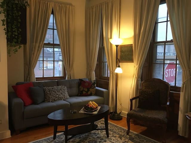 Christopher st. Apt West Village 1-Bedroom w/Patio