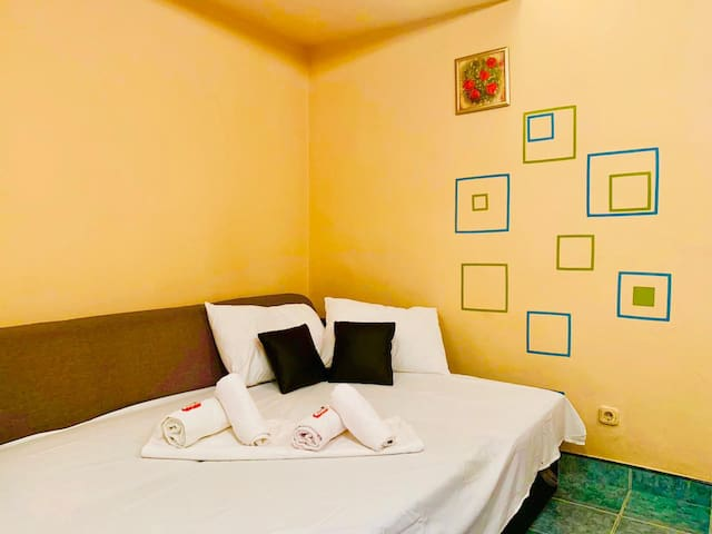 ⭐ Central apartment ❤ with Free WiFi, Washer, TV ☀