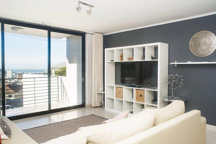 Secure Modern Flat with View, Fibre & Netflix