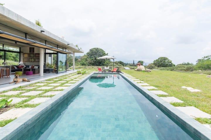 Casa de Arquitectos con vista al Quinini