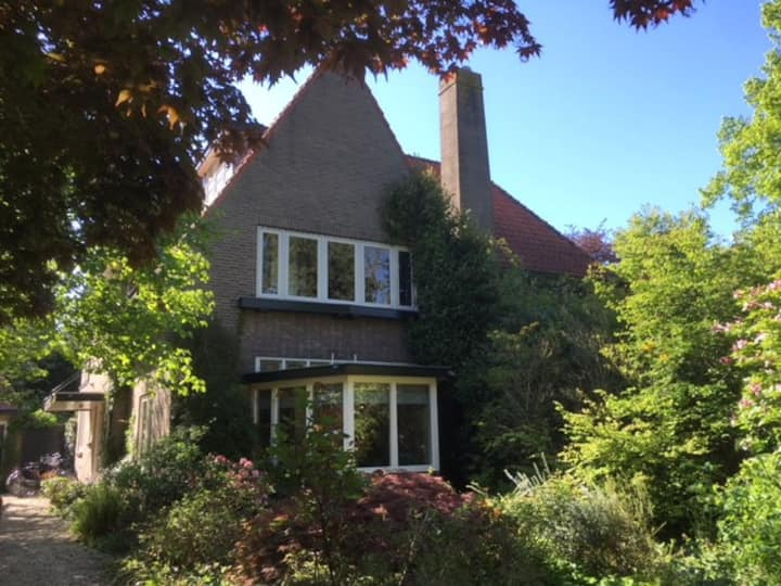 Family house with large garden near Amsterdam
