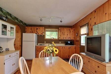 Esprit Riverside BnB 2 Bedroom Cottage