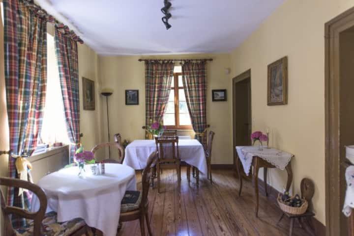 Südländisches Flair in schönen Weindorf Zimmer 1