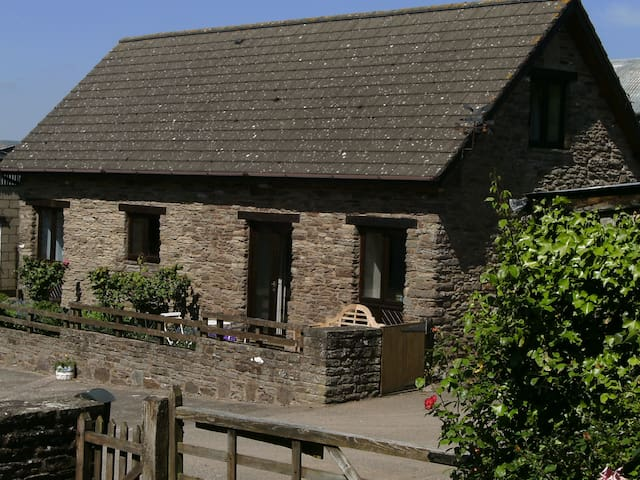Swallow Cottage in idyllic countryside - Monmouthshire