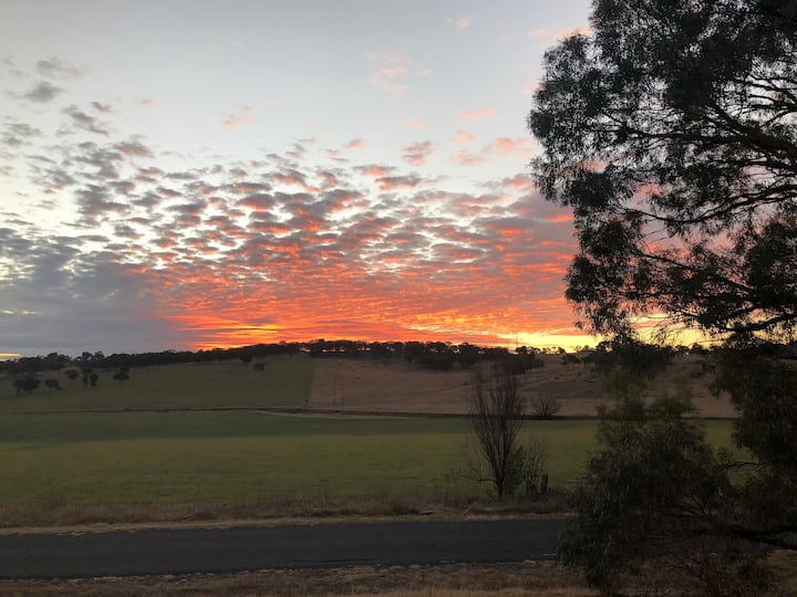 West Ruislip Farm, Armidale