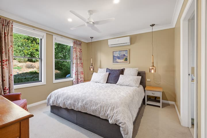 Hester House - Luxury home which sleeps 7 guests