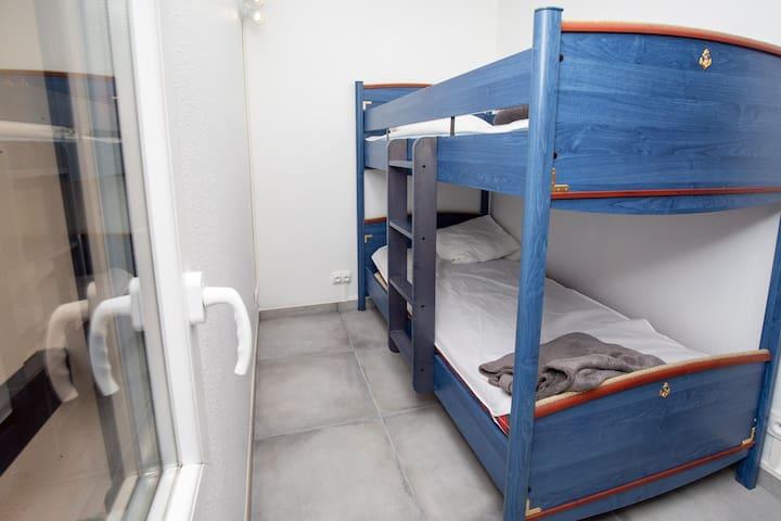 Chambre enfant à l'étage ,lit superposé