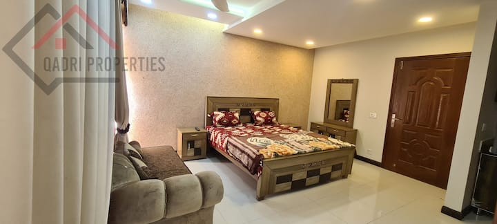 Luxury Apartments in Heart of Bahria Town Lahore💥