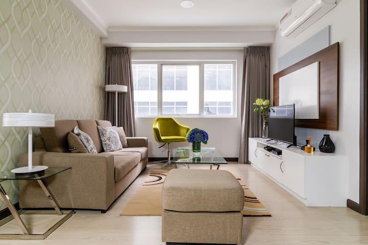 Brand New! Fresh 2 Bedroom in BGC! Best location!