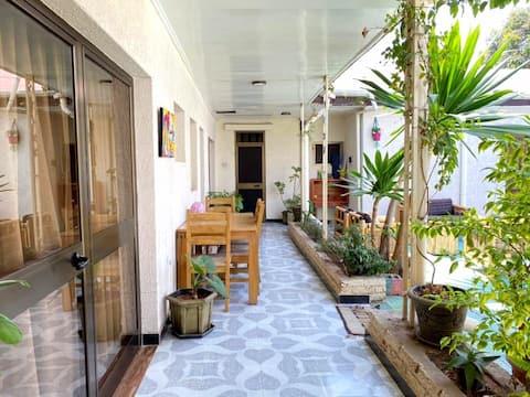 Rustic&Stylish Home in ❤️ of AA w/huge cozy garden