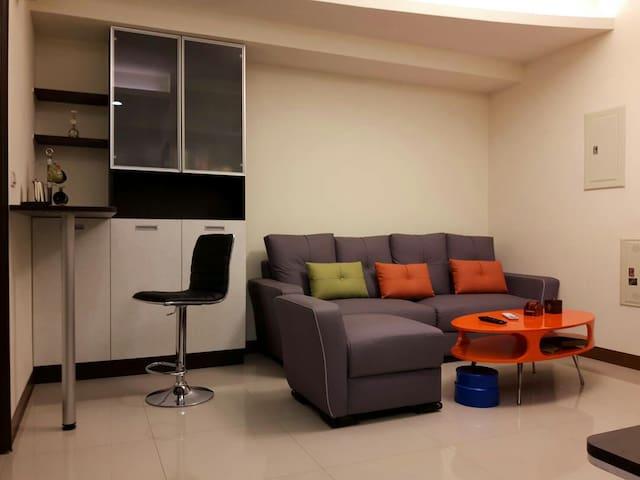 Kaohsiung holidays 近高鐵 溫馨舒適 整套雙人房 - 高雄市 - Wohnung