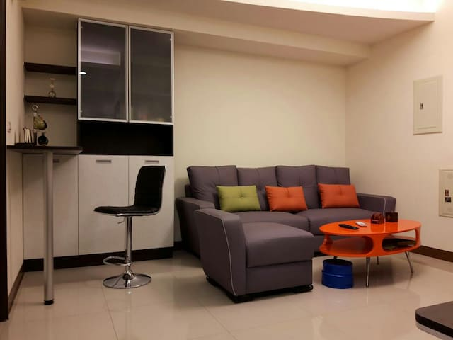 Kaohsiung holidays 近高鐵 溫馨舒適 整套雙人房 - 高雄市 - Apartamento