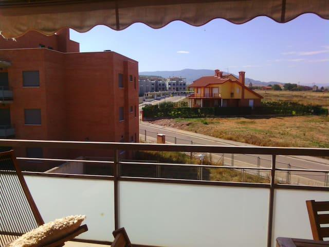 En el corazón de La Rioja:Golf,Piscinas y bodegas. - Cirueña - Apartmen