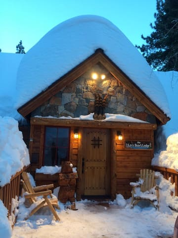 Cozy newly renovated Tahoe City cabin - Tahoe City - Cottage