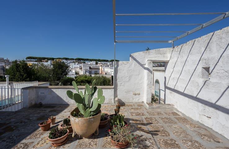 Botrugno - Petite maison typique du Salento - Botrugno - Talo