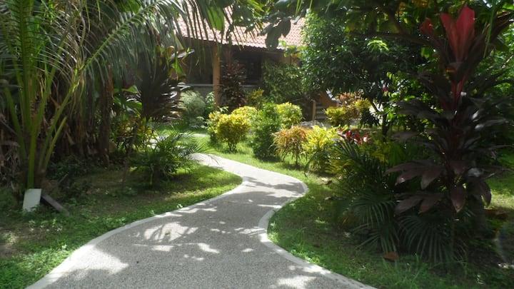 Ferienhaus am Strand für 3 Personen, Sibuyan