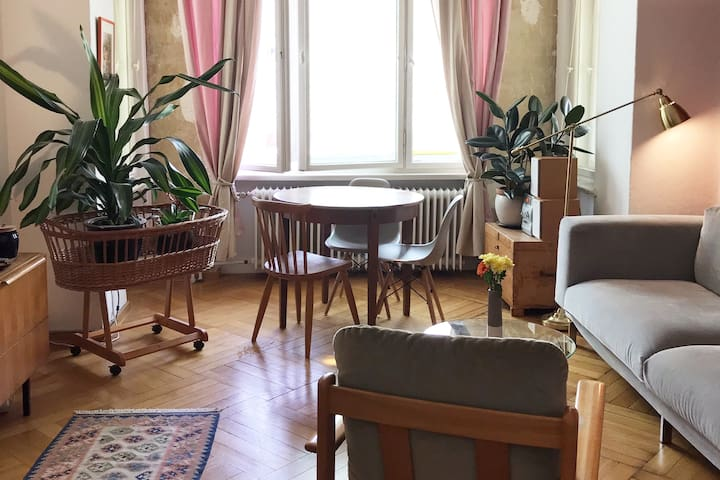 Cozy Flat in the middle of Berlin