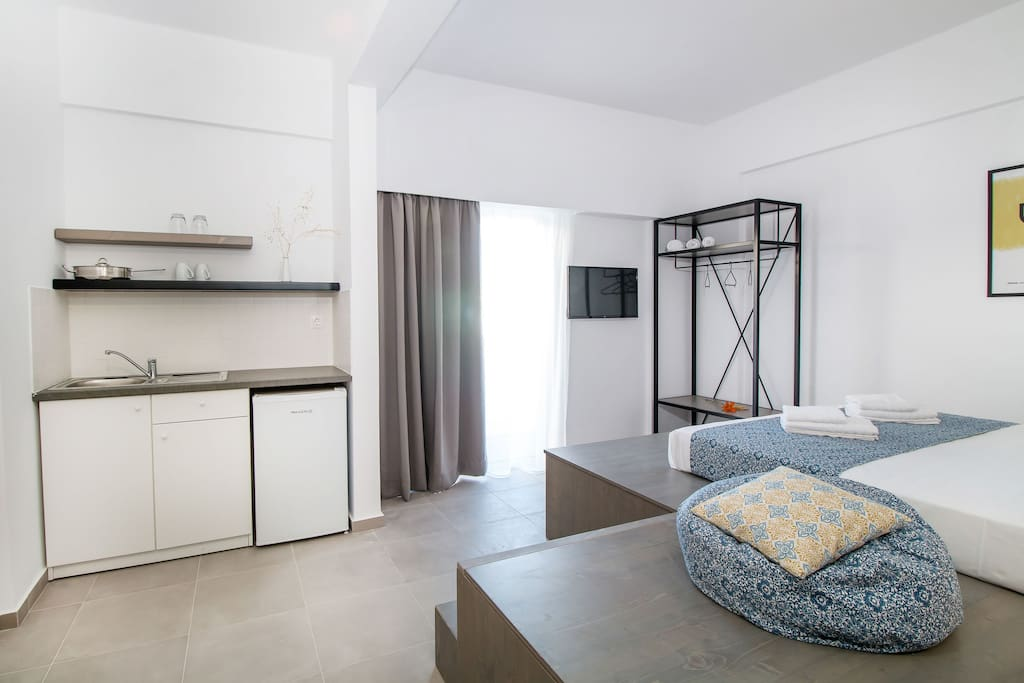 'Pataros' room view and kitchenette