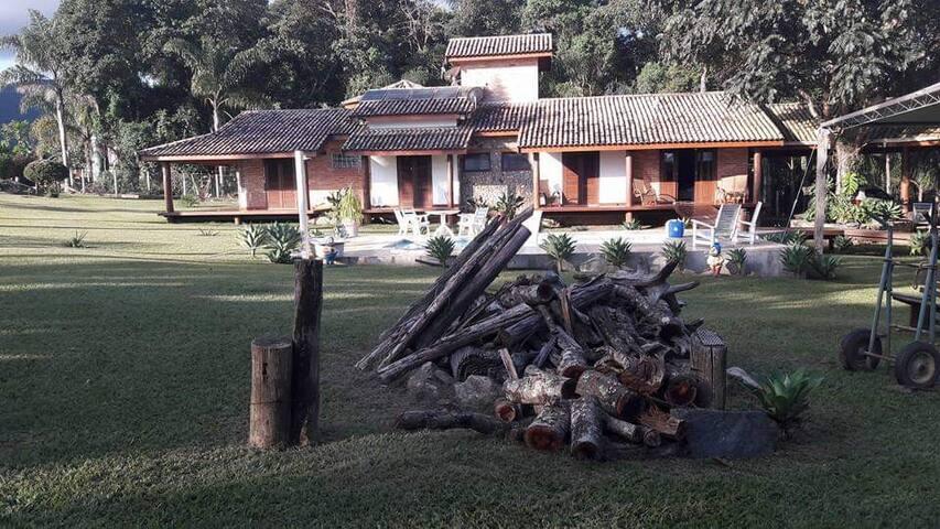 Espaço Bosque dos Sonhos - hospedagem e eventos.
