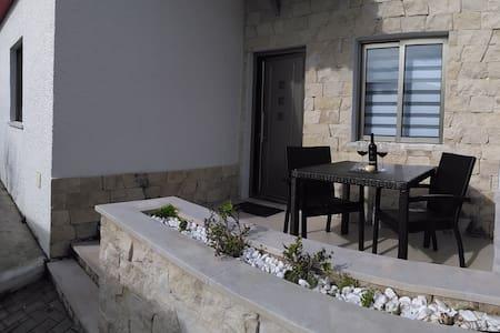 Stylish 2 bedroom bungalow sleeps 4 - Foz Do Arelho
