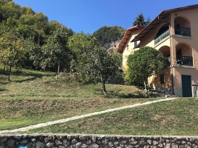 Il Molino, Sillicano Home with a View and Pool