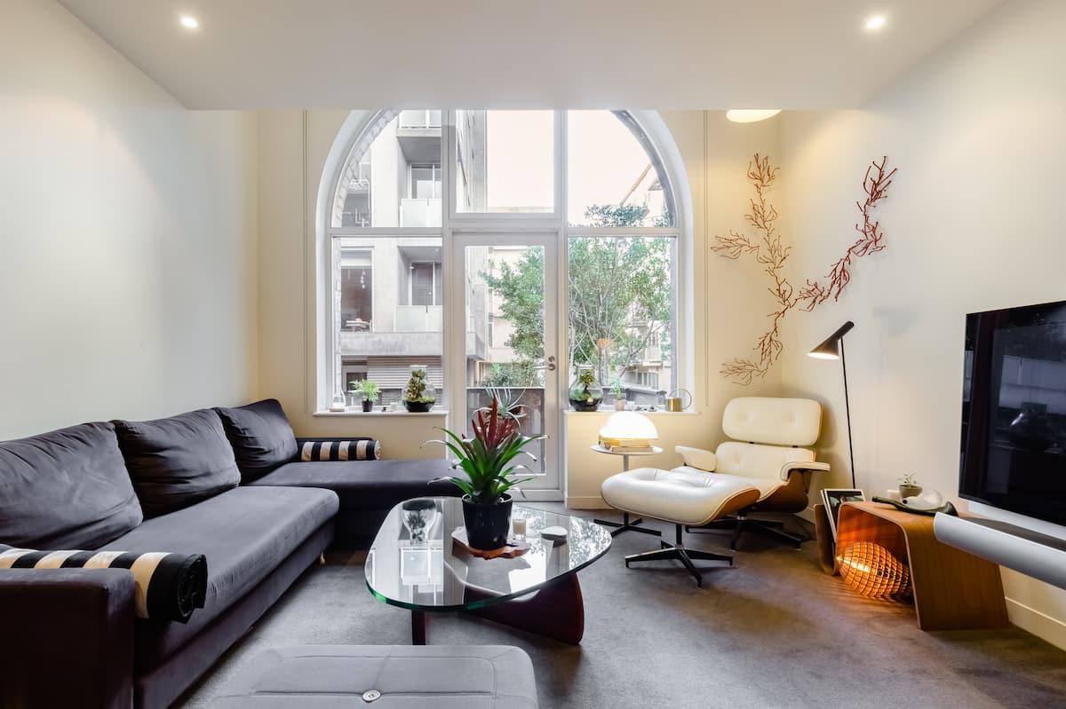 Stay in a Designer Apartment Near Melbourne's CBD