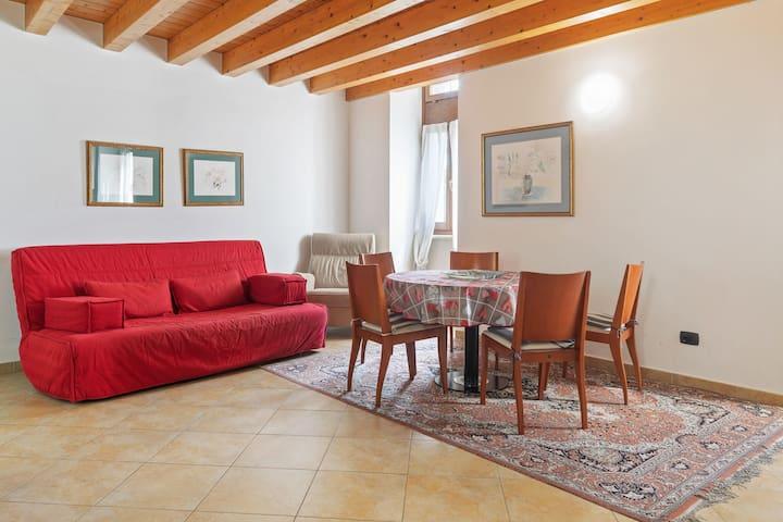 Atemberaubendes Landhaus in Pesina Spezie in Seenähe