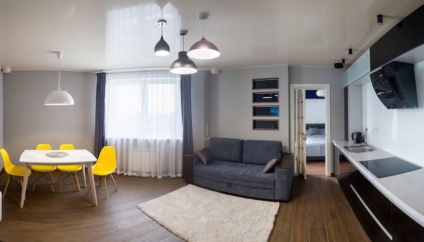 """Апартаменты """"HomeHotеl"""" с одной спальней"""