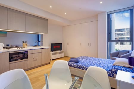 Corporate Studio apartment - North Sydney