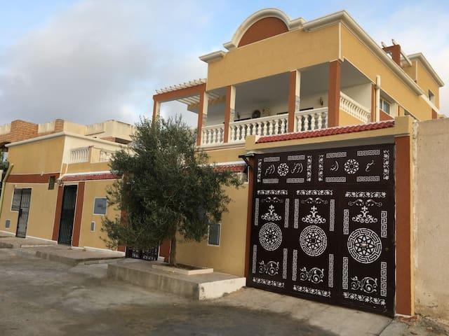 Résidence les Jasmins, confort, plage et beauté - Rejiche - Apartemen berlayanan