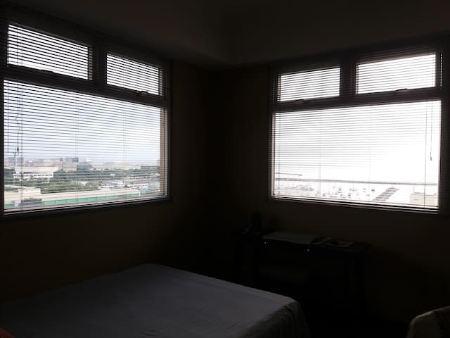 Manila Bay Private Corner Room with Views