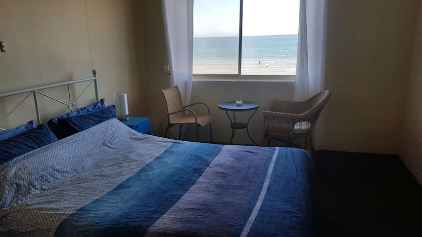 Beachside room with water views. - Henley Beach