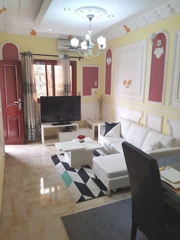 DOUALA résidence City ( studios crèmes blanches )