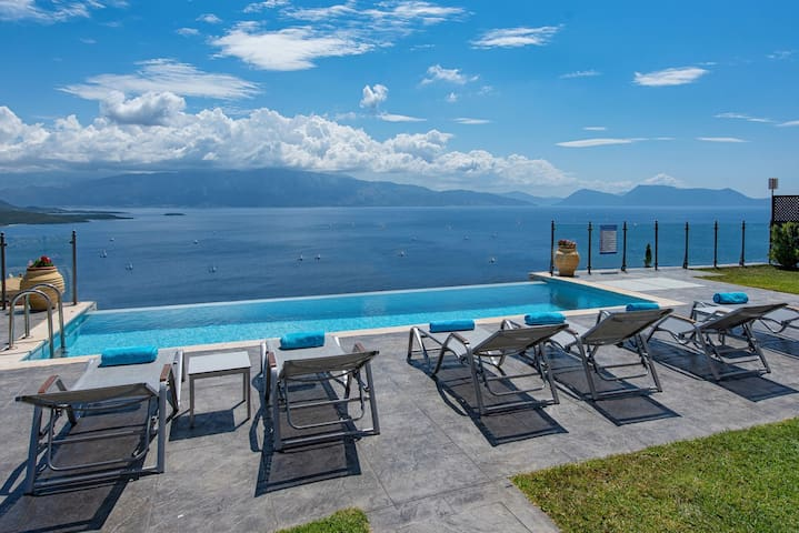 Ionian Heaven Villas- Private Infinity Pool, Breathtaking View