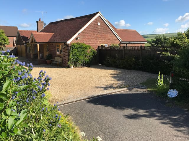RiversideB&B(R3)LavantNrGoodwood ChichesterPO180BJ