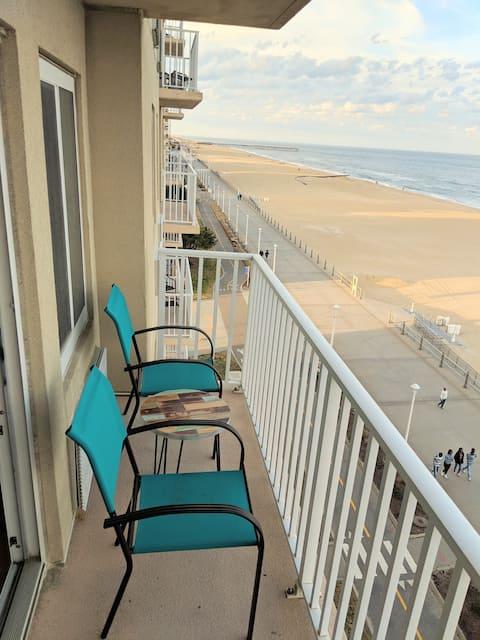 Hermoso condominio frente al mar