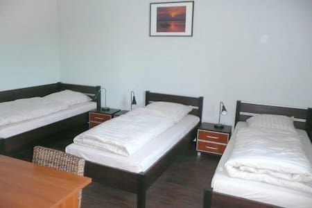 MY-BED Schwarzenbek - Schwarzenbek - Dům pro hosty