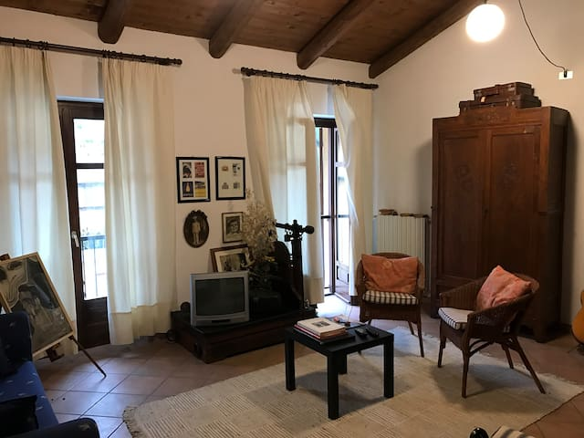 Langhe e Roero B&B - Corneliano d'Alba - Bed & Breakfast