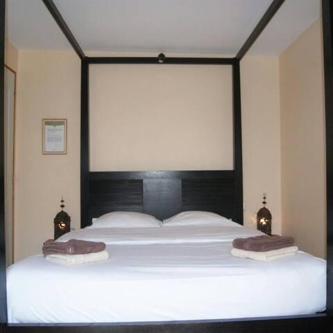 Chambre privee independante, sdb - Touquin