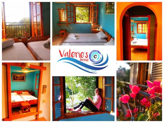 Valerie's House Poros Room 8  100m from the beach
