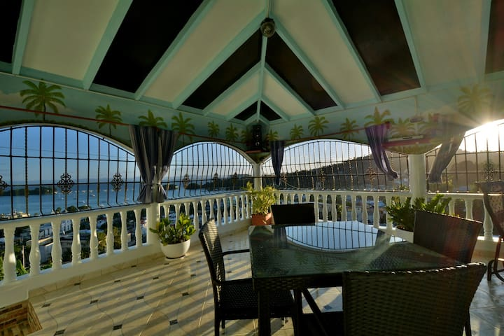 Villa Alégria, comfortable studio-> 2 guests