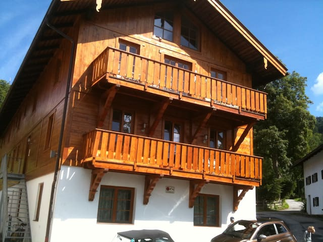 1 chambre double + balcon sdb/wc independant(N°5) - Schliersee - Appartement