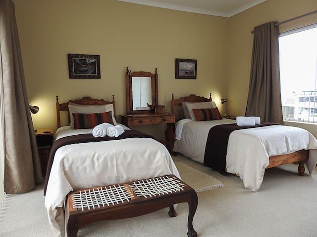 At 29 Columba Twin room 3 with beautiful views