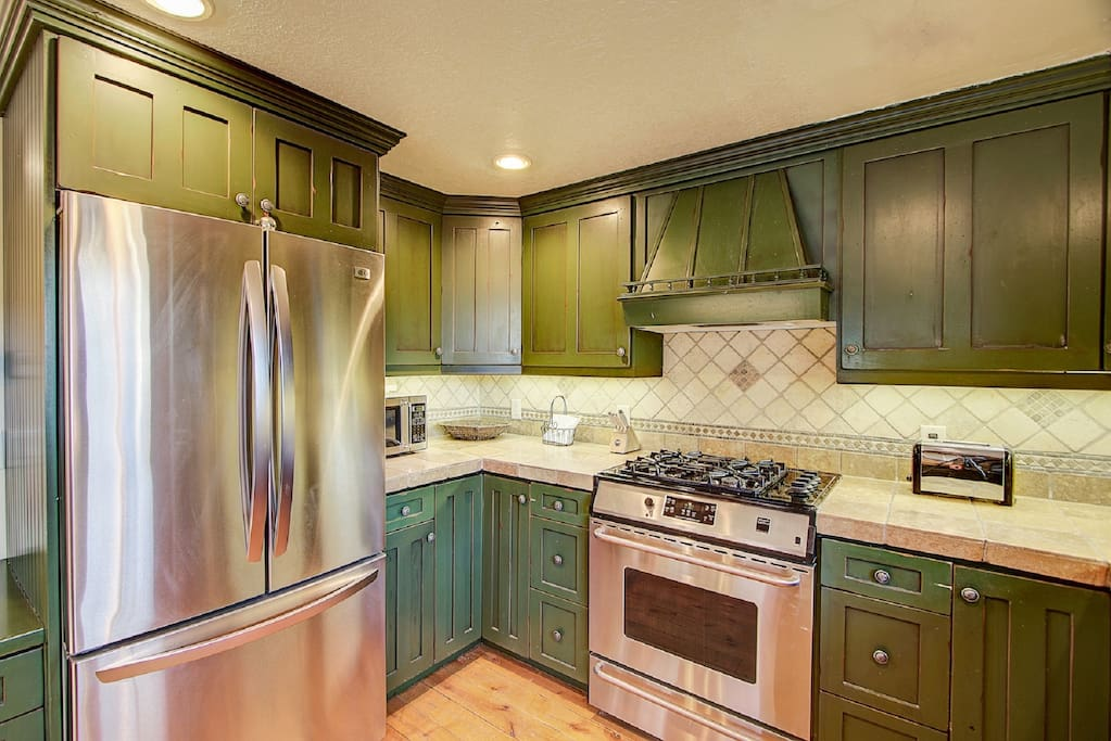 Stainless steel appliances and gas range stove