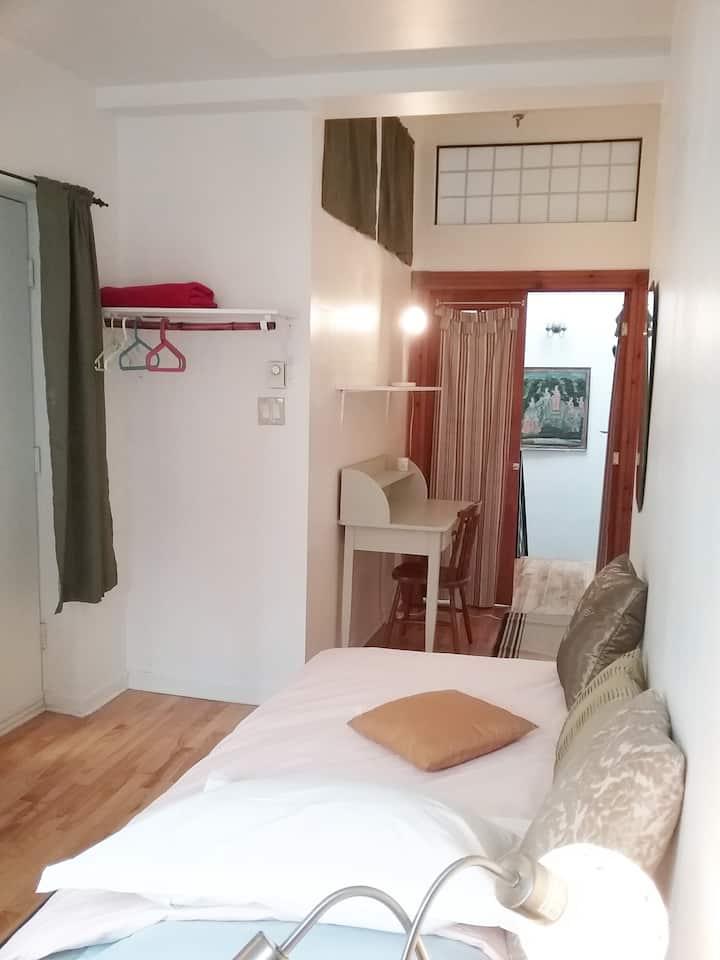 Chambre lit simple a louer Plateau Mont-Royal