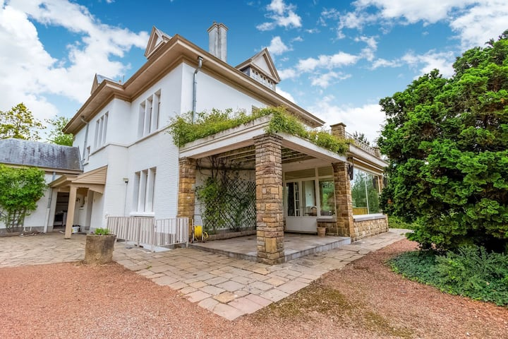 Marvellous Holiday Home  in Ronse with Terrace