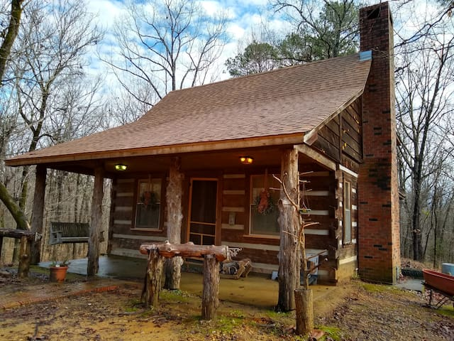 Piney Woods Cabin