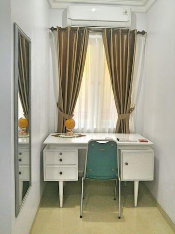 Cozy Private Bedroom for Traveler in Semarang