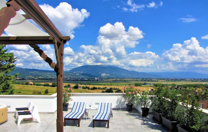 Private Rooms, magic view on Assisi's valley