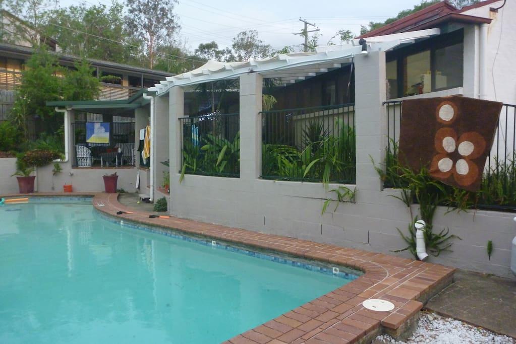 11 m pool
